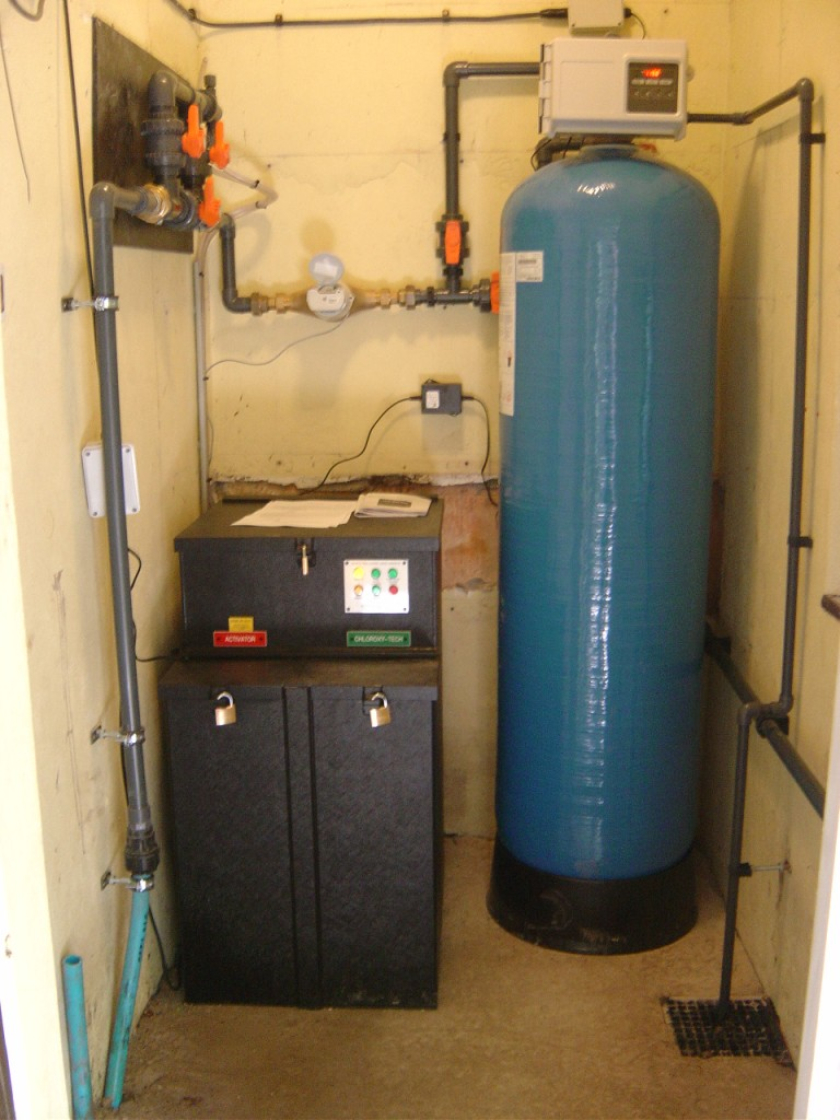 chlorine-dioxide-water-treatment2